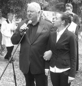 Daniel Czapiewski z żoną